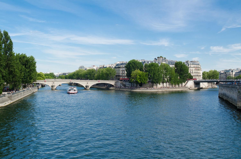 Речка Сена, Париж